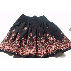 French connection sz6 skirt embroidered black
